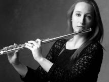 Olga Bertinat, flauta
